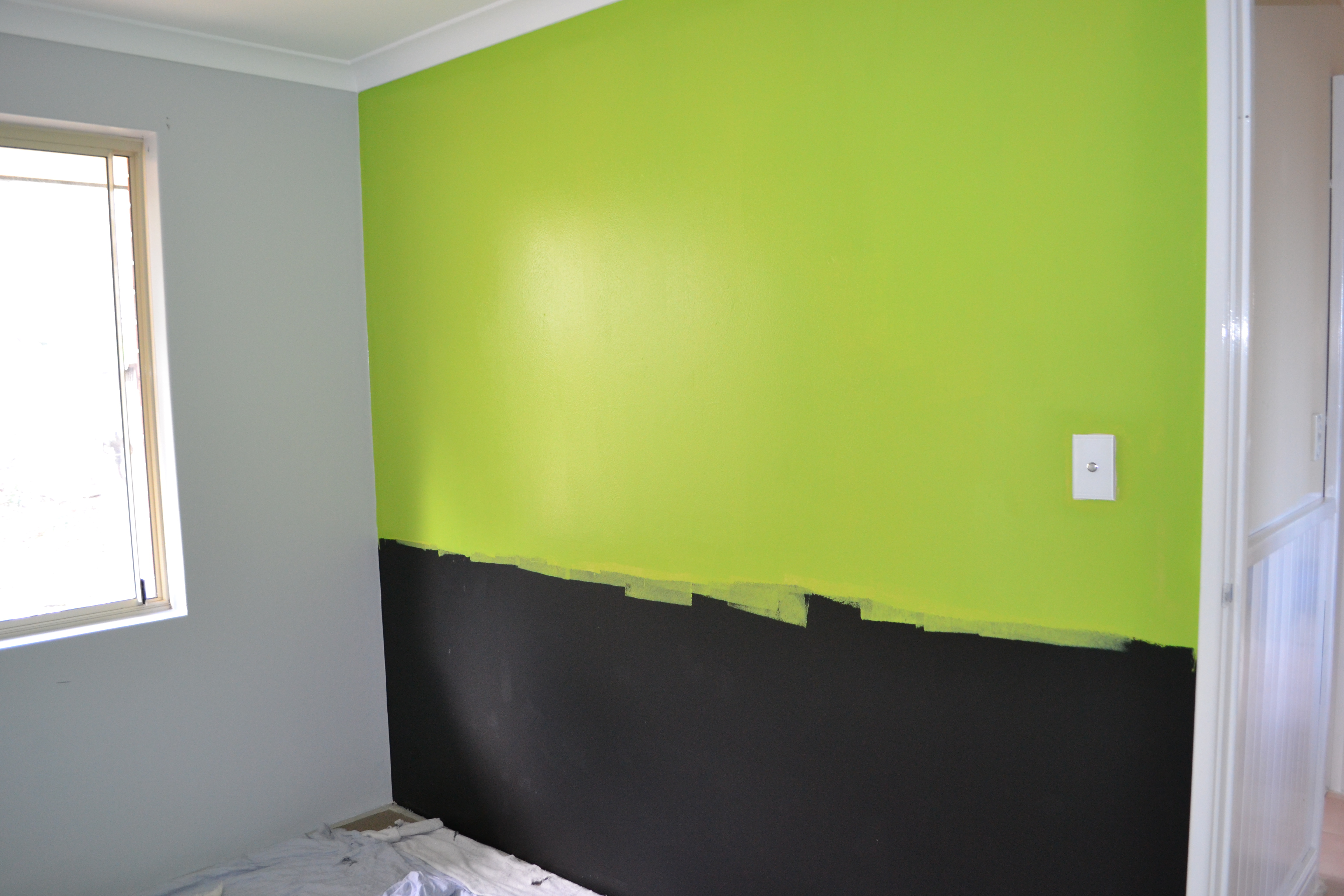 Lime green wall paint mesmerizing best 25 lime green for Lime green wall color